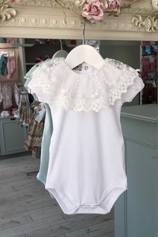 Phi white large collar short sleeve t-shirt