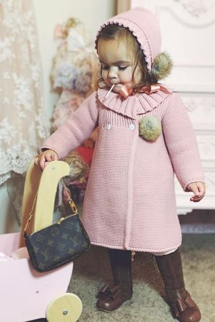 Foque dusky pink knitted coat and bonnet