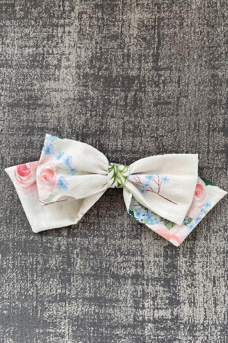 Sofia floral hair clip
