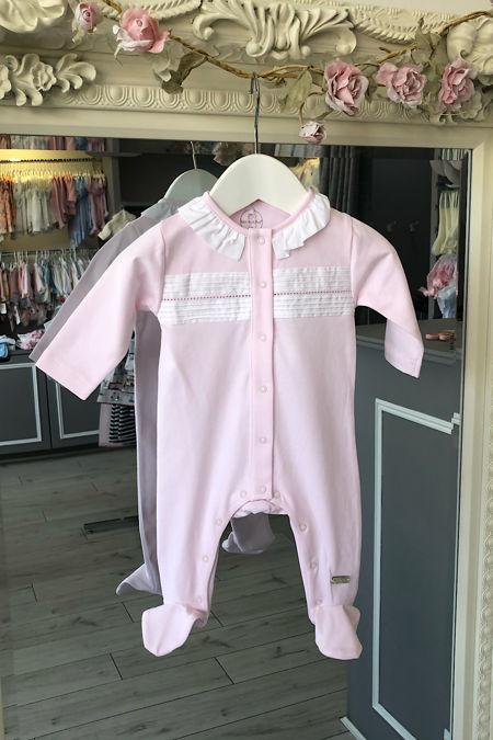 Laranjinha frill collar pink baby grow