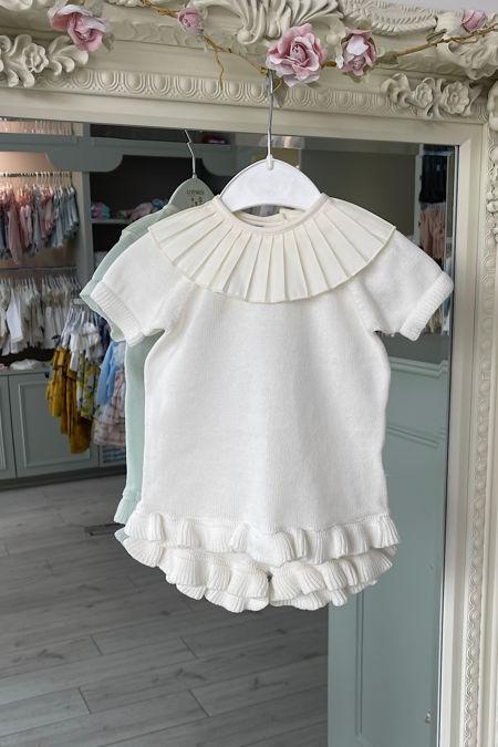 Cream frill collar knitted set