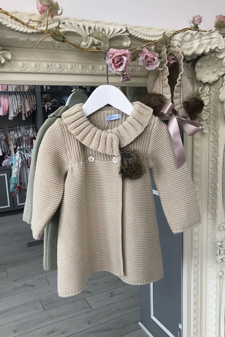 Foque beige knitted coat and bonnet set