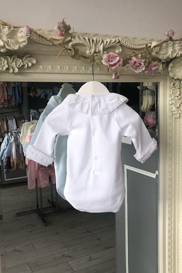White frill collar cuffed vest